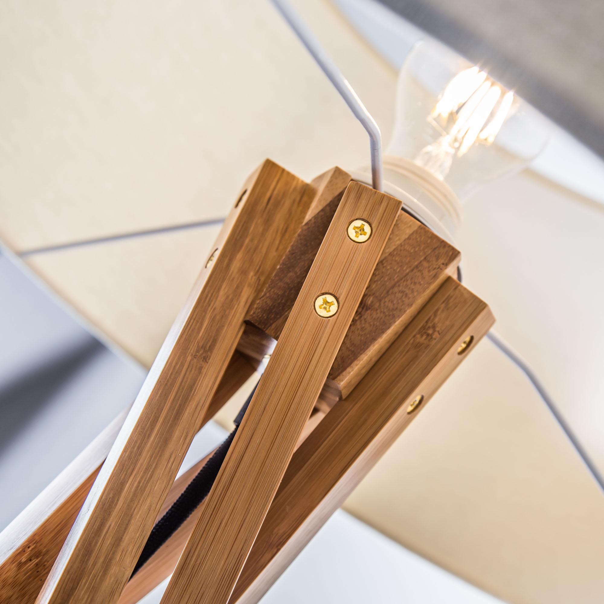 holz stehleuchte stehlampe mit textilschirm stoffschirm wei textil stoff eur 139 00. Black Bedroom Furniture Sets. Home Design Ideas