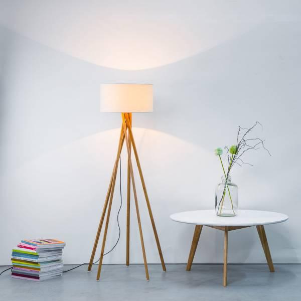 Moderne Stehleuchte mit Textilschirm und Gestell aus Holz, 1x E27 max. 60W, Holz / Textil, weiß / holz hell