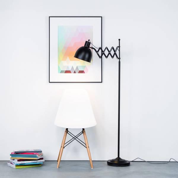 Stehleuchte im Retro Design mit Scherengelenk und Textilkabel, matt Schwarz, Fußschalter, H 150 cm, 1x E27 max. 40W, Metall